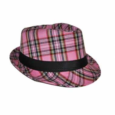 Carnavalskleding al capone hoed schotse ruit roze arnhem