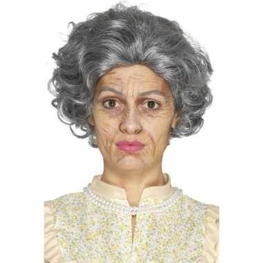 Carnavalskleding oude dame oma schminkset arnhem