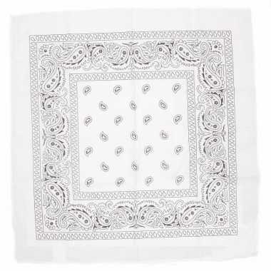 Carnavalskleding witte bandana zakdoek arnhem