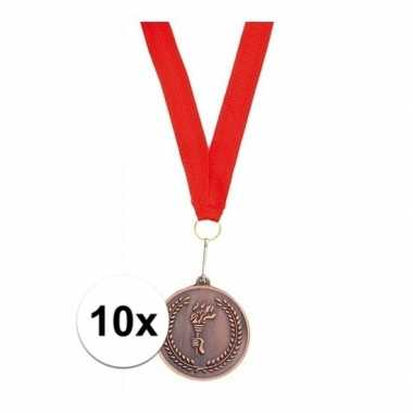 Carnavalskleding x bronzen medailles derde prijs aan rood lint arnhem