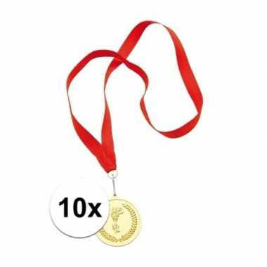 Carnavalskleding x gouden medailles eerste prijs aan rood lint arnhem
