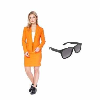 Dames mantelcarnavalskleding oranje maat (xl) gratis zonnebril arnhe
