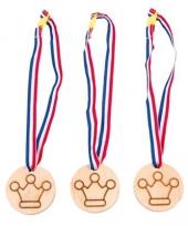 Carnavalskleding medailles kroontjes arnhem