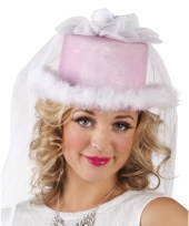 Carnavalskleding roze bruidshoedje sluier arnhem