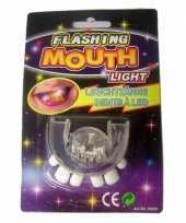 Carnavalskleding scheve tanden gebitje led lampjes arnhem