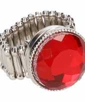 Carnavalskleding zilveren ring rode robijn chunk arnhem