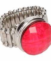Carnavalskleding zilveren ring roze steen chunk arnhem